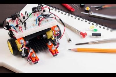 Jugar para hacer robots