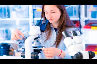 Carreras científicas, las mejor pagadas en mercado laboral mexicano, según estudio